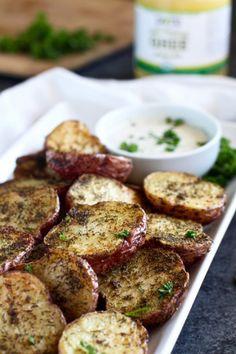 Crispy Garlic Ranch Roasted Potatoes