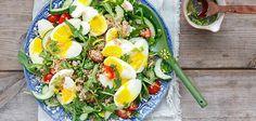 Couscoussalade met tomaatjes en ei Couscous, Cobb Salad, Food, Meal, In Season Produce, Eat Right, Essen, Hoods, Meals
