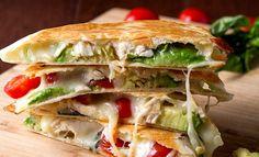 Кесадилья с курицей и авокадо - рецепт с фото | CookJournal