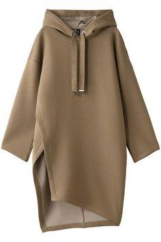 29 Shirt Blouses To Not Miss Today - Fashion New Trends - Melissa Badass Women Fashion, 1920s Fashion Women, Muslim Women Fashion, Short Women Fashion, Woman Fashion, Runway Fashion, Fashion Black, Fashion Fashion, Fashion Tips