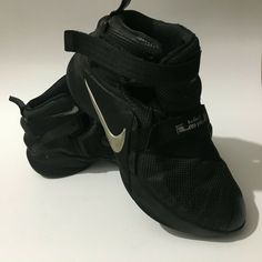 2341de17e9aa9 Nike LeBron James Soldier IX Black Silver Shoes 5.5 Y Youth Women Mod 776471 -001