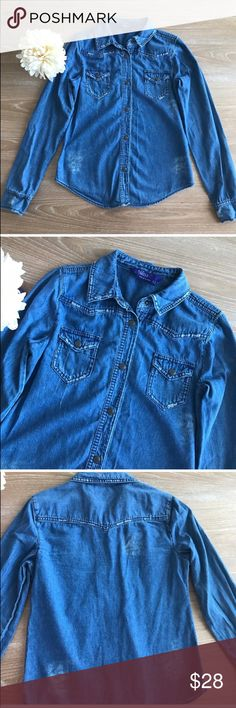 """BCBG MAXAZRIA CHAMBRAY BUTTONS DOWN 💗Condition: MILEY CYRUS FOR BCBG MAXAZRIA. Buttons down distress look. Excellent used condition. No flaws, no rips, holes or stains. Small size: sleeves: 24"""", length: 23, armpit to armpit 18 💗Smoke free home/Pet hair free 💗No trades, No returns 💗No modeling  💗Shipping next day. Beautiful package! 💗I LOVE OFFERS, offer me! 💗ALL ITEMS ARE OWNED BY ME. NOT FROM THRIFT STORES 💗All transactions video recorded to ensure quality.  💗Ask all questions…"""