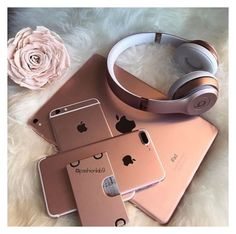 Apple iDevices in Rose Gold - Techno Gadgets Beats Studio 3, Telefon Apple, Apple Iphone, Rose Gold Aesthetic, Accessoires Iphone, Tablet, Coque Iphone, Iphone Accessories, Girly Things