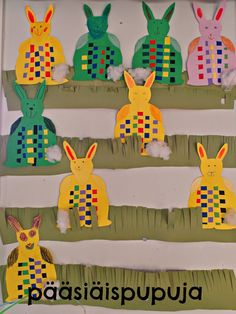 Taitoa ja tekemistä Hobbies And Crafts, Arts And Crafts, Easter Crafts, Teacher Gifts, Projects To Try, Weaving, Bunny, Spring, Kids
