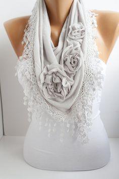 Light Gray Cotton Shawl/ Scarf Headband Cowl with Lace door DIDUCI
