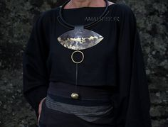 Contemporary jewelry : statement oxidized necklace with gold leaf -:- AMALTHEE -:- n° 3484