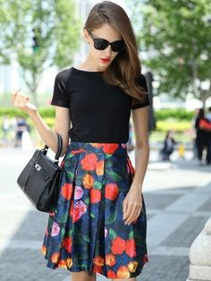 Street Style - Black Basic T-shirt And Blue Floral Bow Tie Back Pleats Skirt