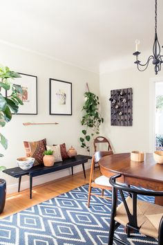 Janette Crawford's Home Tour | theglitterguide.com