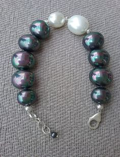 White and grey shell pearl bracelet Handcrafted bracelet from