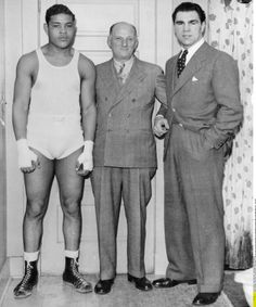 Joe Louis and Max Schmeling Joe Louis, Mike Tyson, Max Schmeling, Flo Jo, Boxing Images, Boxing History, Boxing Champions, Black Couples Goals, Sport Icon