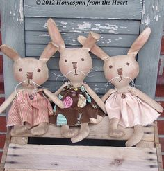 Extreme+Primitive+Grungy+Bunnies+pattern+by+CindysHomespun+on+Etsy,+$5.50