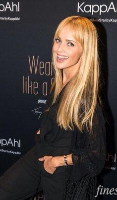 Résultat d'images pour izabella scorupco Bond Girls, Just Beauty, Blonde Women, Gwyneth Paltrow, Celebs, Celebrities, Most Beautiful Women, Beautiful Actresses, Movie Stars