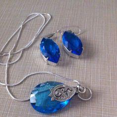 25 CT blue Quartz genuine silver pendant set 925 stamped pendant free stamped 925 18 ' long chain 1  3/4' long pendant with 1'3/4 blue quartz stunning earrings NWOT Jewelry Necklaces