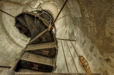 My Photos Of Stairs In Abandoned Buildings That I've Collected Over The Years - Christian Richter Abandoned Buildings, Abandoned Property, Abandoned Places, Stairway To Heaven, Urban Decay Photography, Art Photography, Wrought Iron Staircase, Winding Staircase, Building Stairs