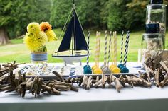 Got a friend who is going to have a baby boy soon? If you're looking for great baby shower themes for boys so you can throw her a great party, here are some of the best ideas out there! These baby shower themes are unique, creative, and fun! Fiesta Baby Shower, Boy Baby Shower Themes, Gender Neutral Baby Shower, Baby Shower Fun, Baby Shower Favors, Shower Party, Baby Shower Parties, Baby Shower Decorations, Fun Baby