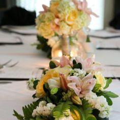 #itsyourparty #design #florist #georgia #georgiaflorist #flowers #wedding #bride #centerpiece #floraldecor