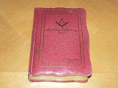 VINTAGE MASONIC CERAMIC CANDY BOX / TRINKET BOX IN THE FORM OF A BOOK (10/26/2014)