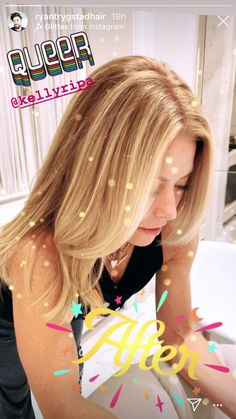 Kelly Ripa Made a Mid-Season Upgrade to Her Signature Blonde Hair Blonde Color, Blonde Highlights, Kelly Ripa Hair, Bronde Hair, Honey Blonde Hair, Aesthetic Light, Brown Aesthetic, Star Hair, Haircut And Color