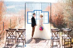 It seems like one of the dangers of planning a themed wedding is going overboard. Being swept away to the point where you lose track of the details has to be a challenge. Candice Benjamin and Kiera (of Jakfoto Films) got it absolutely right though. They both love Doctor Who, and they found ways to incorporate it into their wedding to make them happy without leaving guests in the dark. They managed to add touches that were both integral and subtle.