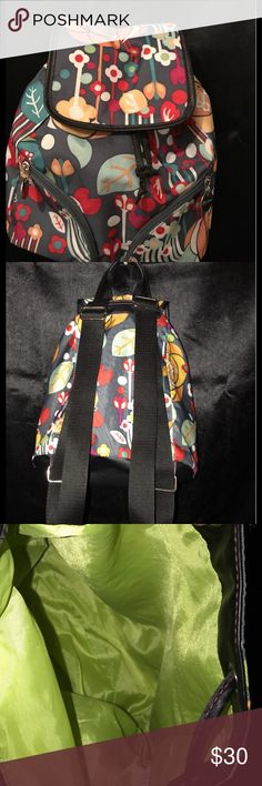 🌷 LILY BLOOM DRAWSTRING BACKPACK 🌷 Lily Bloom floral print backpack with drawstring fully lined. Excellent like new condition! Lily Bloom Bags Backpacks