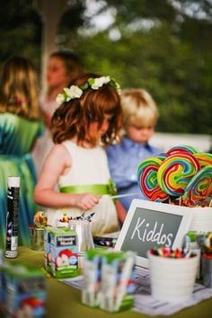 We all know that kids, with their abundance of energy and oftentimes shorter attention spans, can be a challenge to keep busy and out of trouble when they attend grown-up events such as weddings. So if you are planning to have kids at your wedding, then you will want to check out these ingenious ways [...]