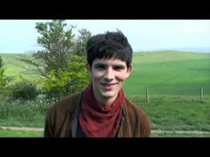 """This just makes me wish I worked on a film crew... <3 Merlin! They are hilarious """"I think it's a horse"""""""
