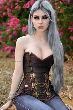 Model: Dayana Crunk (I would never pair a corset with jeans, but that is one fucking cute corset nonetheless) Hot Goth Girls, Punk Girls, Goth Beauty, Dark Beauty, Steampunk Fashion, Gothic Fashion, Style Fashion, Gothic Steampunk, Victorian Gothic
