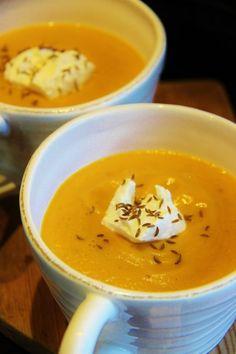 Resepti: Mausteinen porkkana-linssikeitto