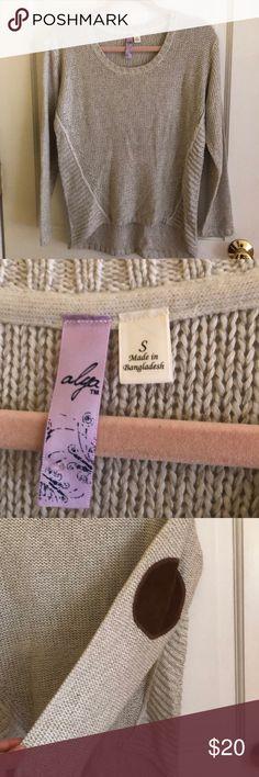 Alya Sweater with Elbow Patch Detail Sweater from Francesca's with cute elbow patch detail. Light sweater. Worn twice. Alya Sweaters