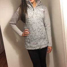 North face women's active fit outdoor coat New with tags! The coat is a size small tag but I would personally recommend for a medium. I can give dimensions if it would be helpful. The coat is so soft and warm! Truly stunning and will receive lots of compliments! Comment for questions :) North Face Jackets & Coats