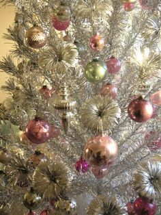 I have a tree EXACTLY like this....my tree is from 1964