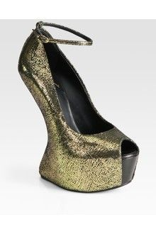 Giuseppe Zanotti Printed Metallic Suede Wedge Pumps in Gold