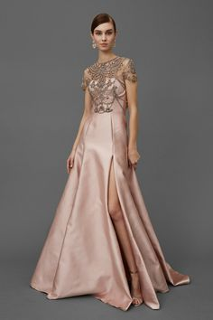 """FashionweekNYC on Twitter: """"Beautiful Dresses from the Marchesa Pre Fall 2016 Collection https://t.co/INwVccvmwk"""""""