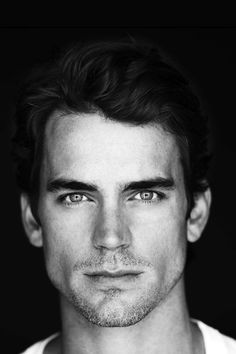 FreeiOS7 | neal-caffery-dark | freeios7.com