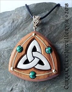 Classic Triquetra in fine pewter on black Walnut with Malachite beads and wire highlights. Mayan Symbols, Celtic Symbols, Egyptian Symbols, Ancient Symbols, Viking Jewelry, Antique Jewelry, Friendship Symbol Tattoos, American Indian Tattoos, Custom Made Gift