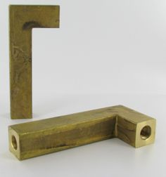 """3/4"""" x 3/4"""" SQUARE CAST UNFINISHED BRASS 90 DEGREE ARM WITH 1/8IPS FEMALE THREAD. INSIDE TUBE FOR EASY WIRING. Grandbrass.com"""