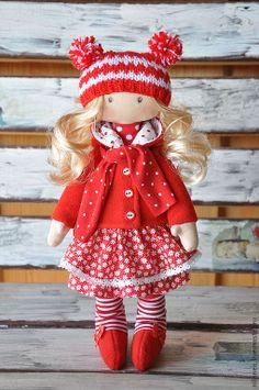 Mädchen in rotem Kleid