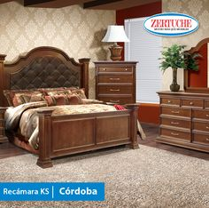 Recámara K.S. Córdoba   Exclusiva recámara en estilo clásico en madera y chapa de álamo compuesta de cabecera K.S., piecera, dos buró, luna y tocador.  ¡Adquiérela a 6 meses con tarjeta de crédito!   #Muebles #Calidad #Recámara #Decoracion #Habitacion #Hogar