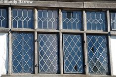 Characteristics of Tudor windows
