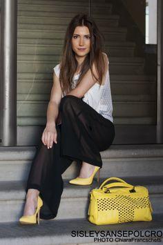 Pantaloni trasparenti#T-shirt #Decolletè colorate#fashion@sisleysansepolcro