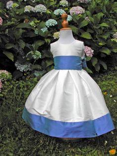 21 meilleures images du tableau Cortège   Children outfits, Flower ... a415d919633