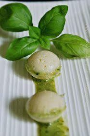 Dolci e salate tentazioni: Baci di grana al pesto #finger#