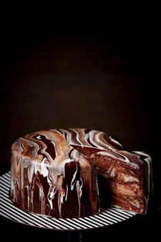 Double Chocolate Marble Chiffon Cake with rich Chocolate Mousse Easy Mirror Glaze Recipe, Mirror Glaze Cake, Chocolate Chiffon Cake, Chocolate Desserts, Easy Cake Recipes, Sweet Recipes, Moose Cake, Chocolate Moose, Baking Business
