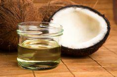 Aprenda a fazer óleo de coco em casa para economizar