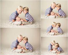 The perfect sibling shots! – – The perfect sibling shots! Newborn Sibling Pictures, Sibling Photo Shoots, Sibling Poses, Newborn Photos, Siblings, Newborn Session, Cute Baby Girl Pictures, Baby Girl Photos, Foto Newborn