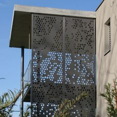 Formboard perforation, Wagner family house - Designer Balcony / Patio railings by BRUAG ✓ Comprehensive product & design information ✓ Catalogs ➜ Get inspired now Patio Railing, Balcony Railing Design, Facade Design, House Design, Stair Elevator, Wood Cladding, Perforated Metal, Shade Structure, Wood Stairs