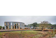 """El Roure"" Community Centre and ""La Ginesta""Library   calderon-folch-sarsanedas"