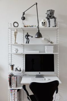 Via*** Une chambre en duplex *** Design Loft, Home Office Design, Home Design, Interior Design, Design Design, Gravity Home, Design Living Room, Pinterest Home, Workspace Inspiration
