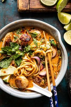 Selecting The Suitable Cheeses To Go Together With Your Oregon Wine 30 Minute Thai Chicken Meatball Khao Soi. Healthy Chicken Recipes, Cooking Recipes, Pesto Pasta Recipes, Chef Recipes, Recipes Dinner, Soup Recipes, Dinner Ideas, Good Food, Yummy Food