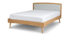 Culla Oak Queen Bed